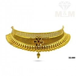Tasteful Gold Fancy Necklace