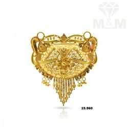 Attractive Gold Fancy Pendant
