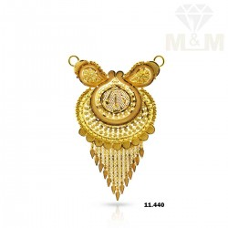 Dandy Gold Fancy Pendant