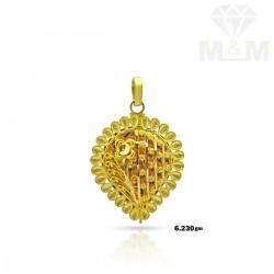Nice Gold Fancy Pendant