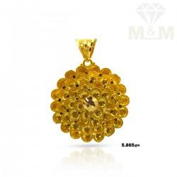 Resplendent Gold Fancy Pendant