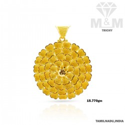 Traditions Gold Fancy Pendant