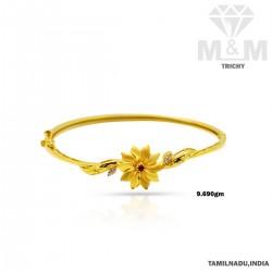 Prolific Gold Casting Bracelet
