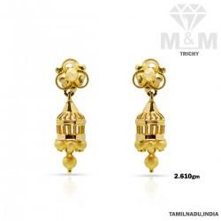 Masterful Gold Fancy Earring